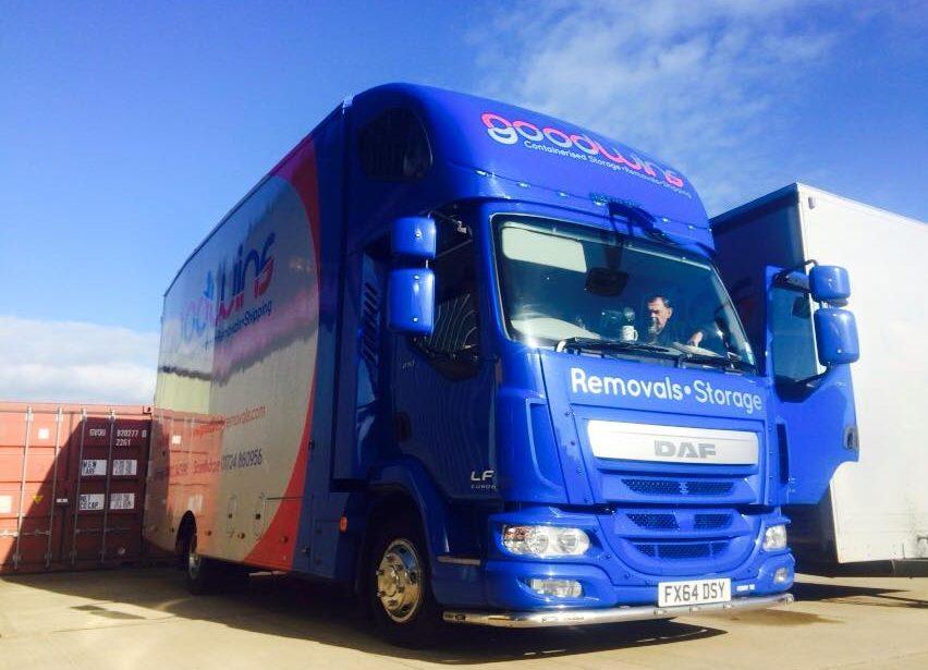 3 container euro 6 van